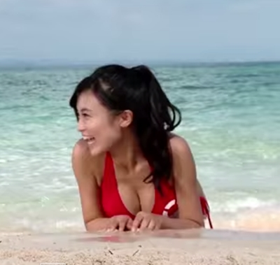 「小島瑠璃子 水着」の画像検索結果